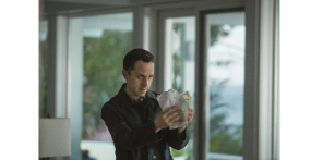 "Amazon Original ""Sneaky Pete"""